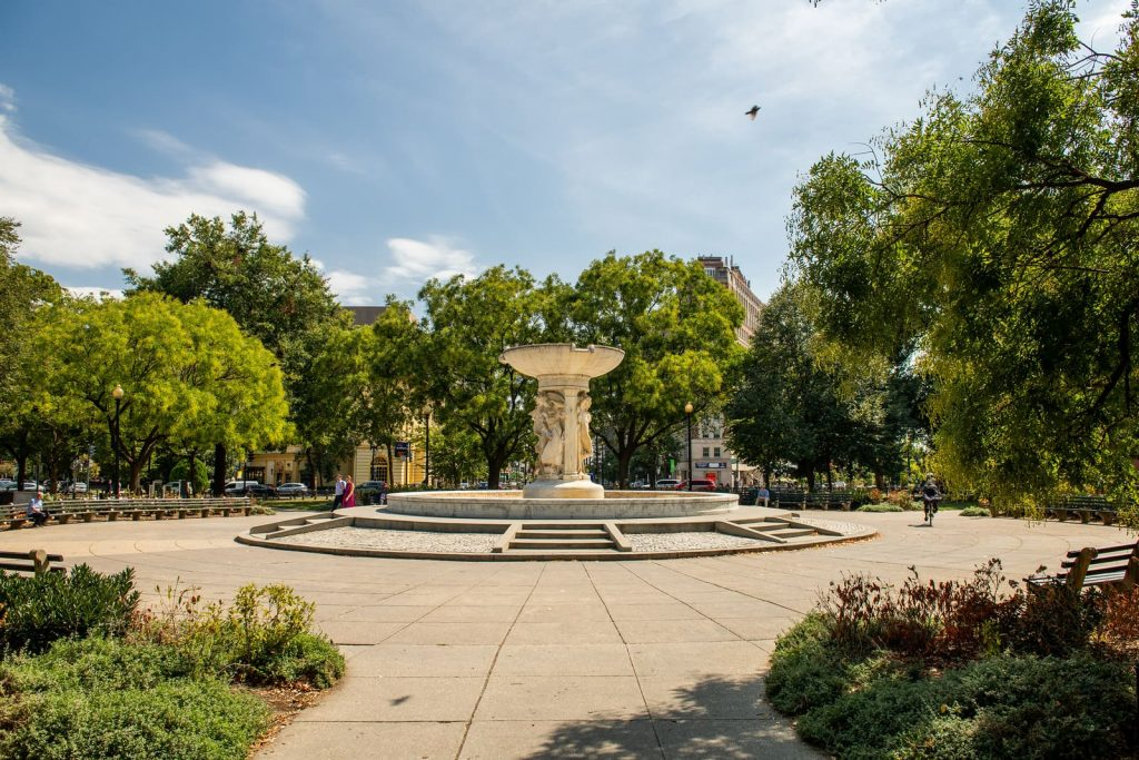 The 9 Coolest Washington DC Neighborhoods You Should Apartment Hunt In 10