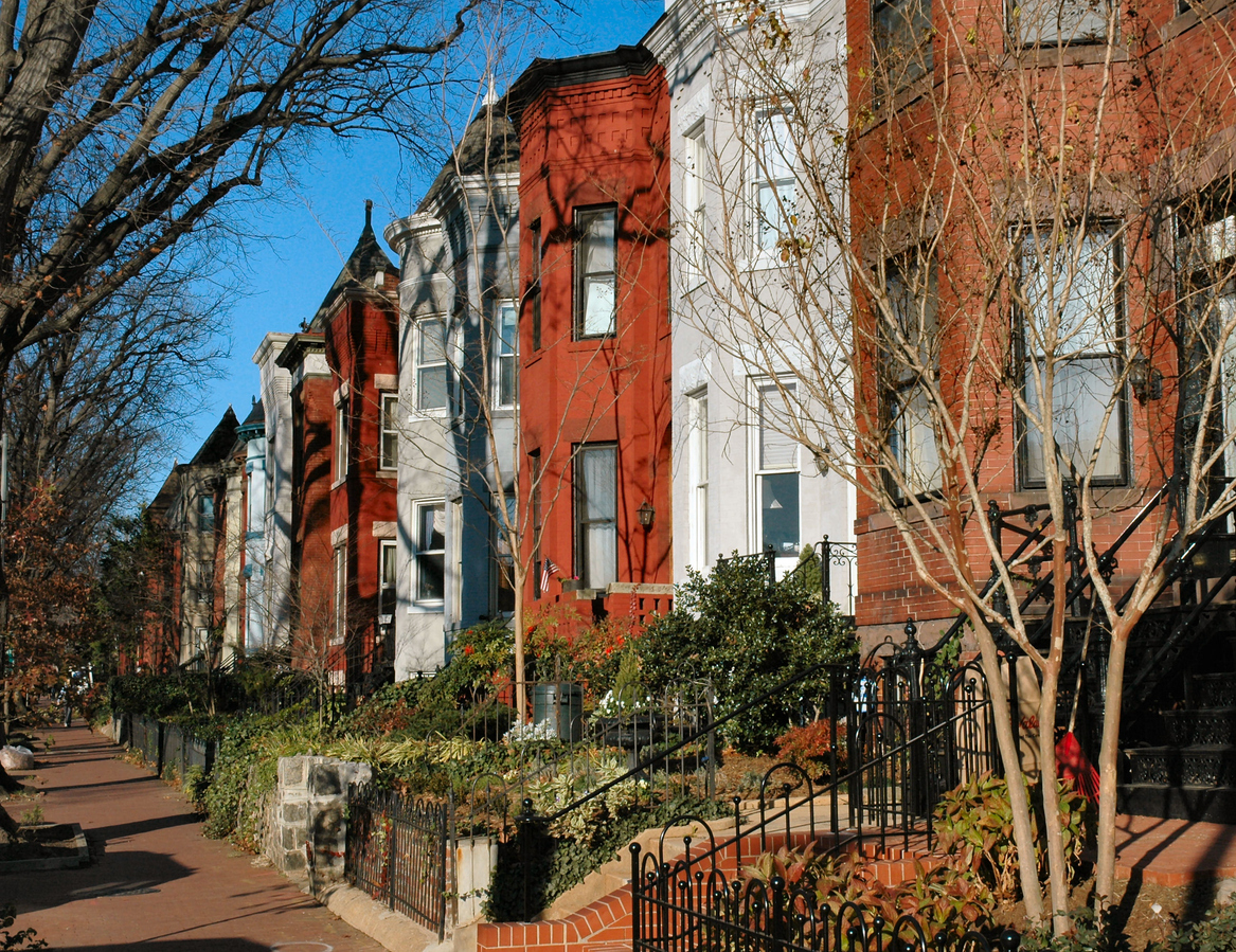 historic rowhouses in Washington, D.C. neighborhood